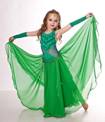 танца живота костюмами и